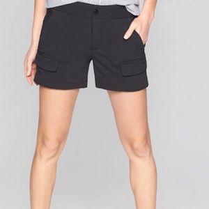 Athleta Trekkie Flint Gray Shorts Size 4